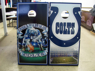 Custom Cornhole Set - Colts