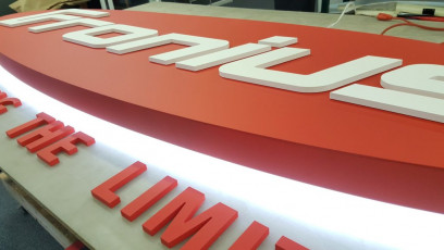 Fronius - Back-lit Channel Box & Dimensional Letters #2