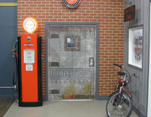 Harley Davidson - Custom Door Wrap